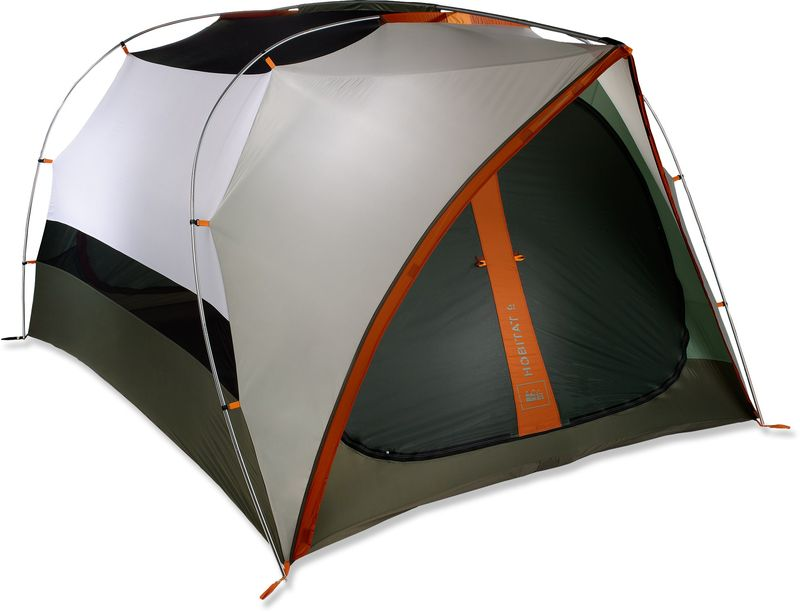 GearFlogger reviews the Hobitat 6 tent