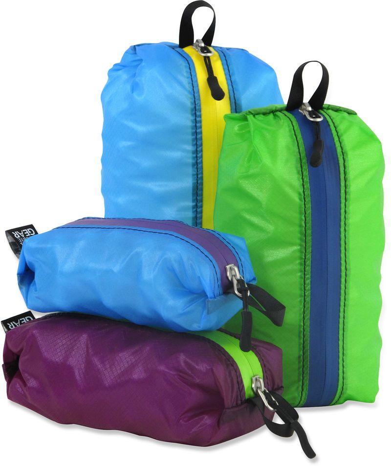 GearFlogger reviews the Granite Gear Air Zippditty bags