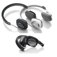 GearFlogger reviews the Bowers & Wilkins P3 headphones