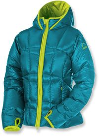 GearFlogger reviews the Sierra Designs Tov women's down jacket