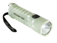 Gearflogger reviews the Pelican 3310PL flashlight