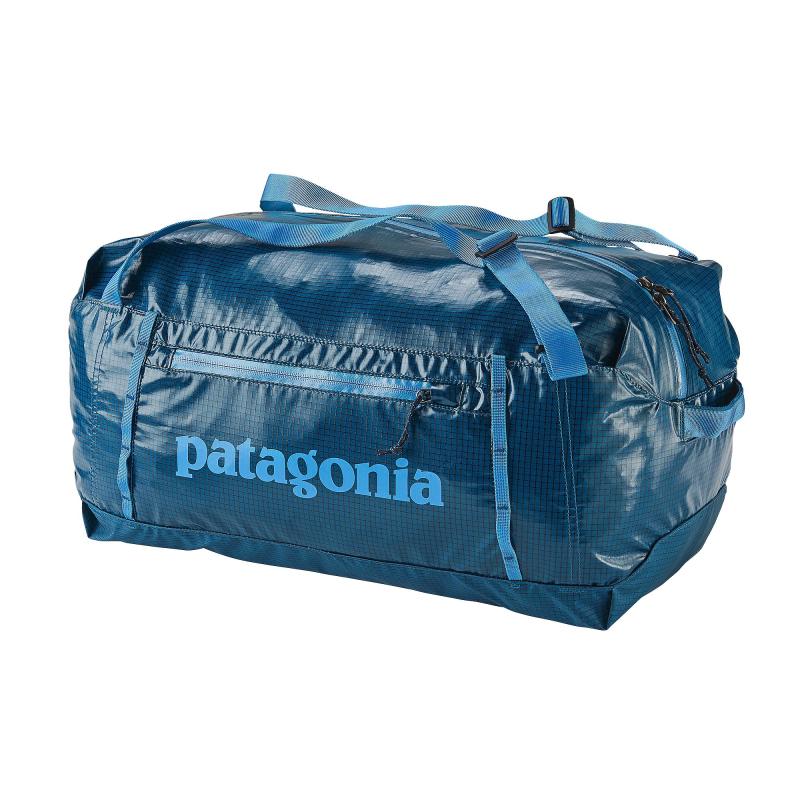 Gearflogger reviews the Patagonia Lightweight Black Hole Duffel Bag