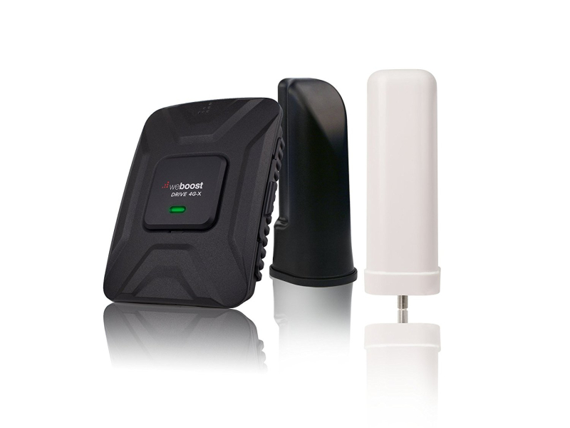 Gearflogger reviews the WeBoost Drive 4G-X RV cell phone signal booster