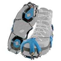 Gearflogger reviews the Yaktrax Summit traction devices