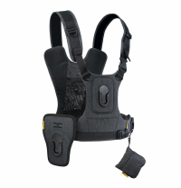 Gearflogger reviews the Cotton Carrier G3 camera harness system