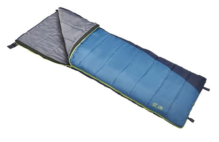 Gearflogger reviews the Slumberjack Cub sleeping bag