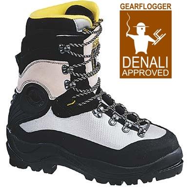 969f019ce La Sportiva Nuptse double boot - GearFlogger